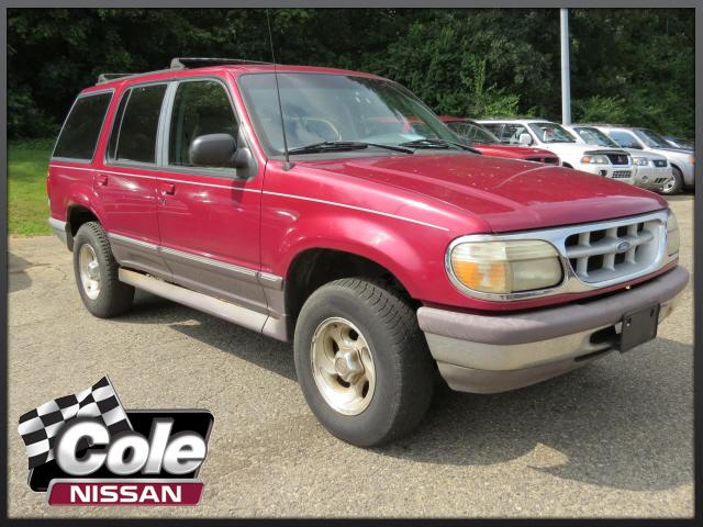 1995 Ford Explorer 4dr 112 WB XL 4WD