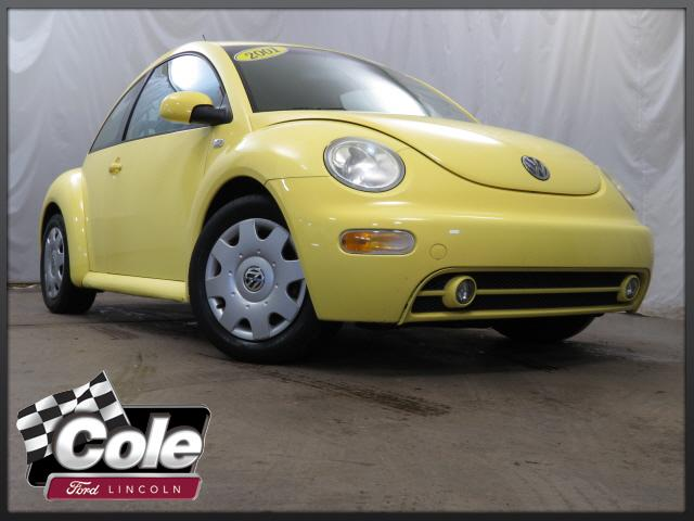 2001 Volkswagen New Beetle 2dr Cpe GLS Manual